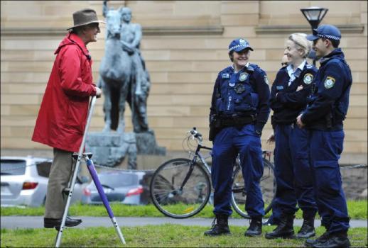 Hemut & cops